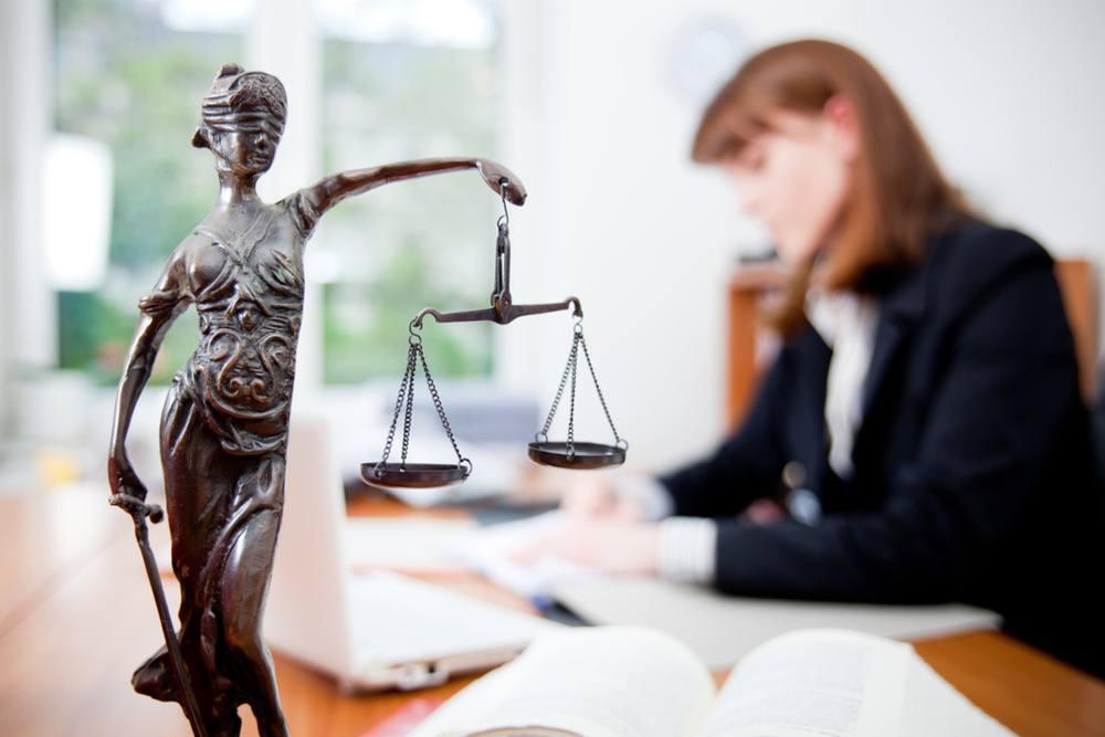 Помощь юриста в составлении претензии